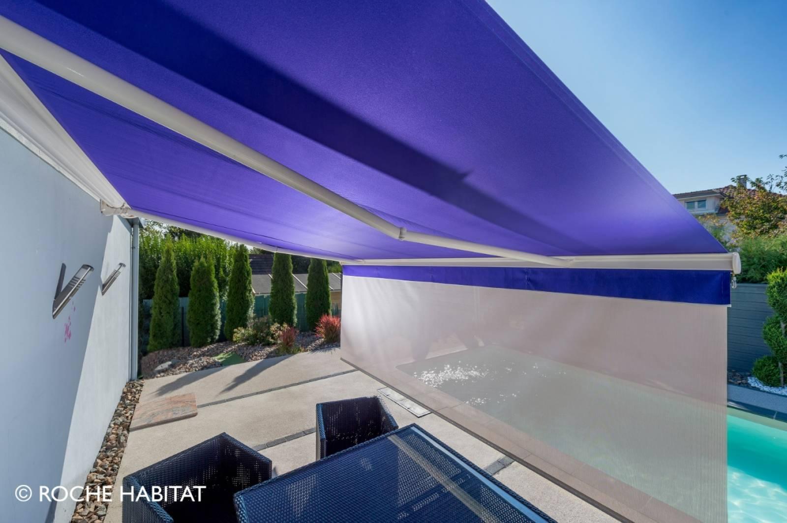 Store semi-coffre pour terrasse à Tournus - Ombre et Soleil
